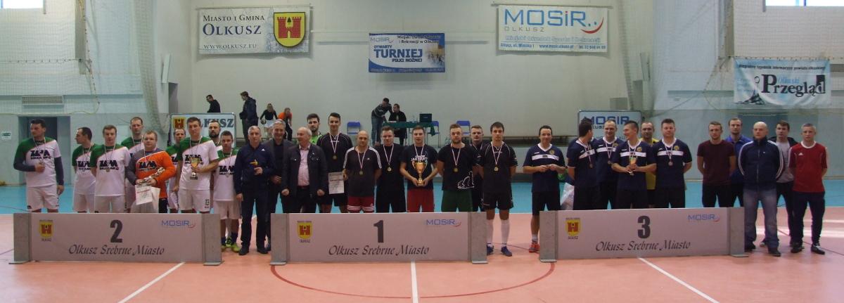 Finaliści Otwartego Turnieju Halowej Piłki Nożnej o Puchar Srebrnego Miasta