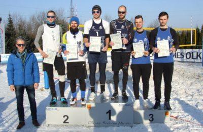 Więcej o: Otwarty Turniej Siatkówki na Śniegu