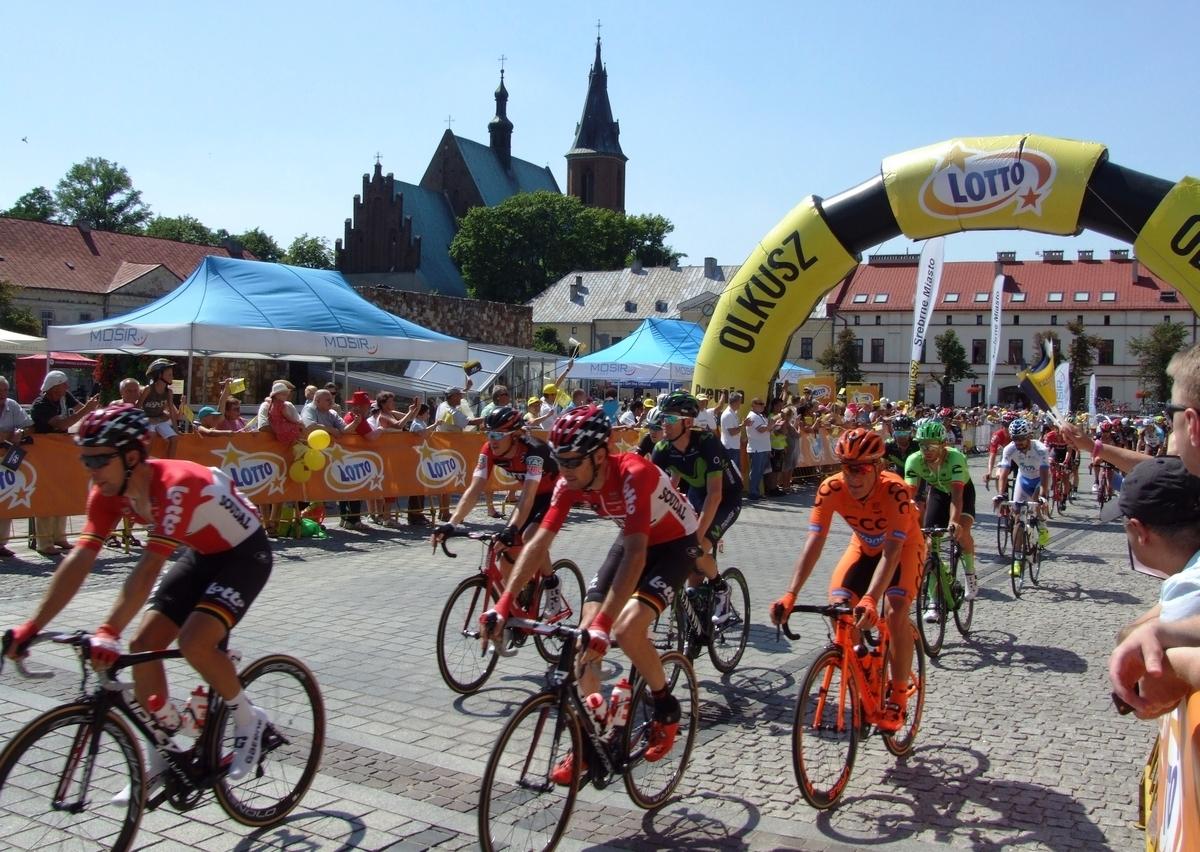 Kolarze 74. Tour de Pologne w Olkuszu