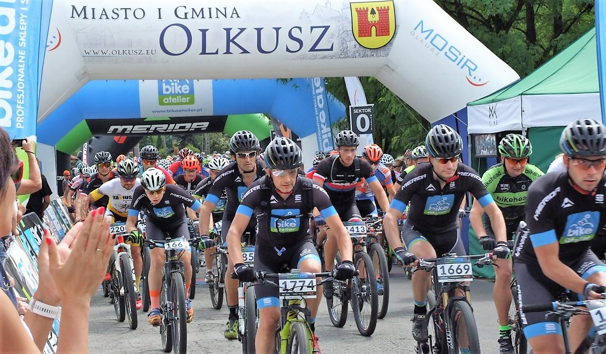 Uczestnicy podczas Maraton Bike Atelier w Olkuszu