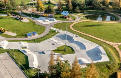 Więcej o: Zapraszamy na skateplazę do Silver Parku