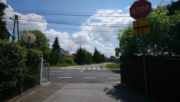 Zdjęcie skrzyżowania z ulicą 20 Straconych w Olkuszu