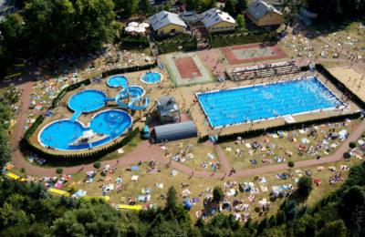 Więcej o: Kompleks Basenowo-Rekreacyjny OSW Czarna Góra w tym roku zamknięty